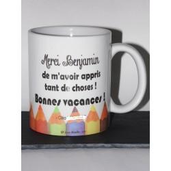 """Mug """"Crayons de couleurs """" pour une maîtresse ou maître d'école"""