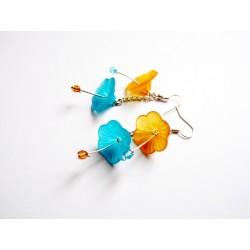 Boucles d'oreille hibiscus jaune et bleue & perles de verre