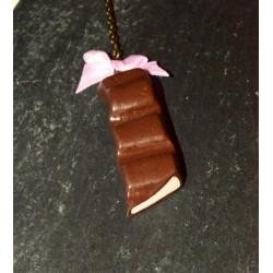 Sautoir barre chocolatée