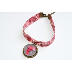 "Bracelet Liberty Art Fabric mitsi rose cabochon"" Une nounou d'enfer !"""