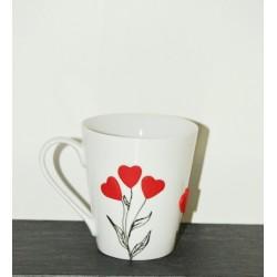 """Mug personnalisé """" Dites lui avec des cœurs """""""