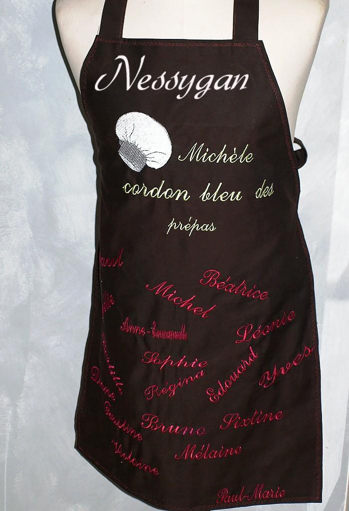 Connu Tablier de cuisine personnalisé brodé par des prénoms et motif TN43