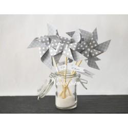 Marque-place thème moulin à vent gris à pois blanc