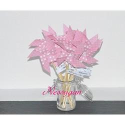 Marque-place thème moulin à vent rose à pois blanc