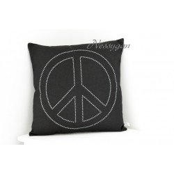 Coussin noir Peace and Love