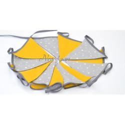 Guirlande en tissus fanions jaunes et gris étoiles blanches