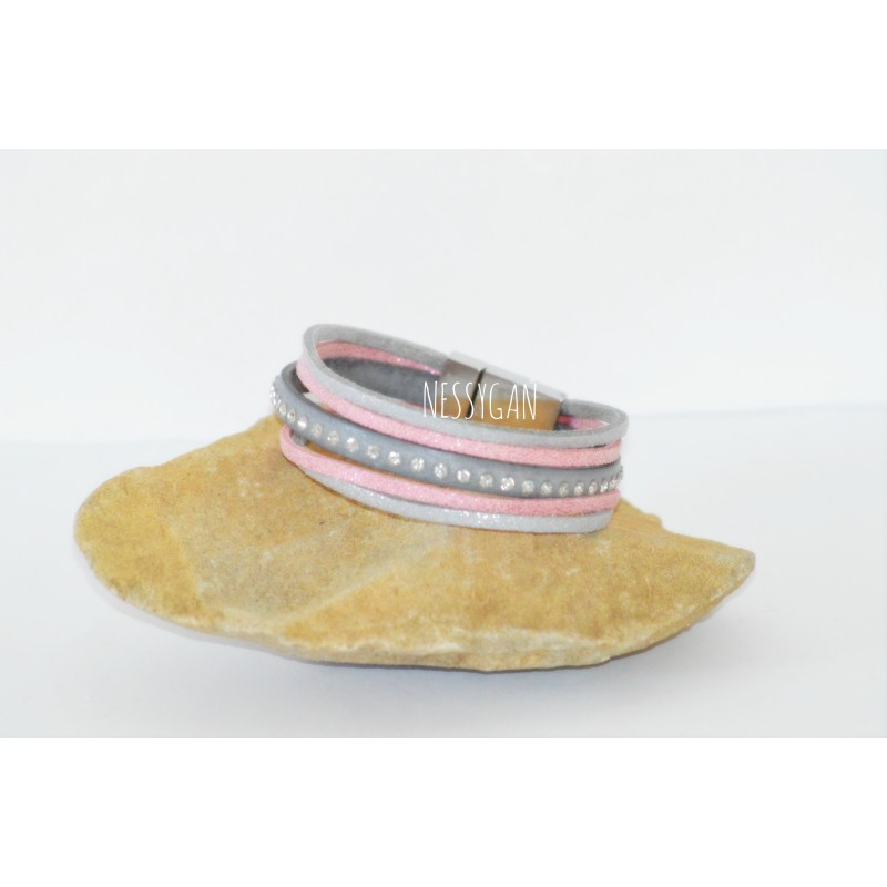 b9f997f6dfce Bracelet cuir strass Swarovski   suédine - Nessygan