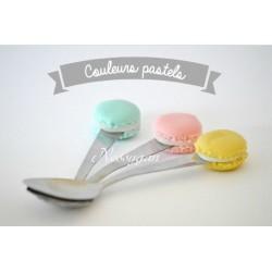 Petite cuillère macaron couleurs pastels