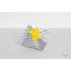 Boîte dragées berlingot grise étoiles avec moulin à vent