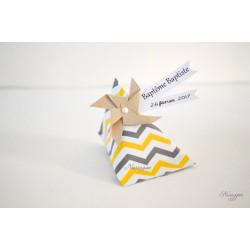 Boîte dragées berlingot chevrons gris & jaune avec moulin à vent