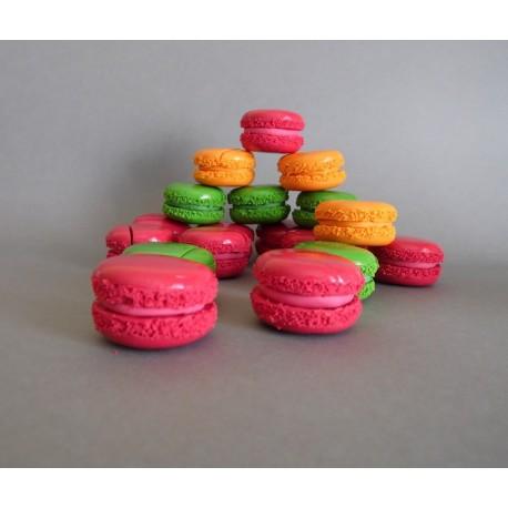 Marque-place macarons couleurs acidulées
