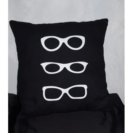 """Coussin noir & blanc personnalisé avec des lunettes""""Look at me"""""""