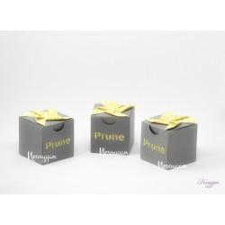 Boîte à dragées grise moulin à vent jaune à pois blanc