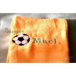 Serviette de bain personnalisée ballon de football