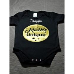 Body noir personnalisé pour bébé