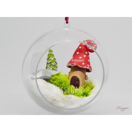 """Boule de Noël XL """"Maison d'un petit lutin"""" personnalisée par un prénom"""