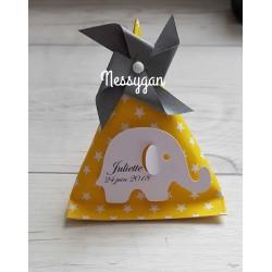 Boîte dragées berlingot jaune et étoiles blanches avec éléphant