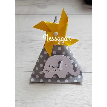 Boîte dragées berlingot grise et pois blancs avec éléphant