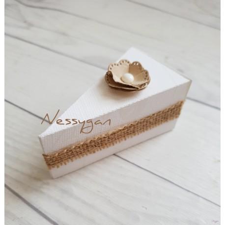 Boîte à dragées originale part de gâteau