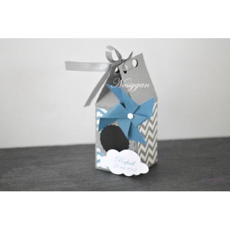 Boîte à dragées chevrons bleu et gris avec moulin à vent