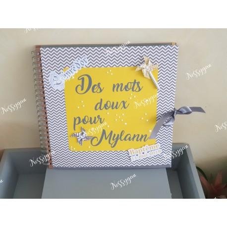 """Livre d'or baptême """" des mots doux pour ..."""" thème moulin à vent"""