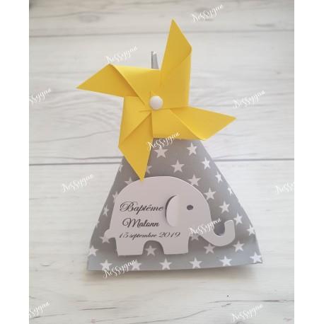 Boîte dragées berlingot gris et étoiles blanches avec éléphant