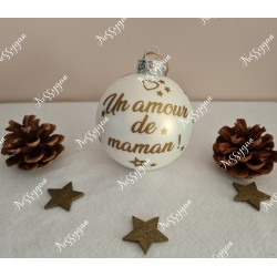 Boule de Noël en verre personnalisée un amour de maman