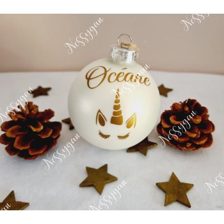 Boule de Noël licorne en verre personnalisée avec prénom