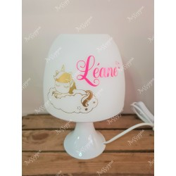 Lampe licorne or personnalisée avec prénom rose