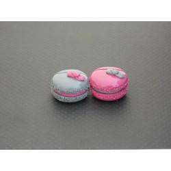 Marque-place macaron rose fuschia ou gris avec petit nœud
