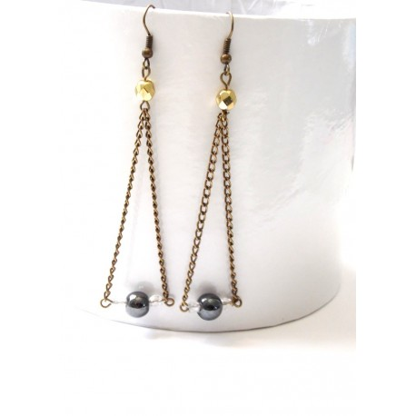 Boucles d'oreilles chic hématites & perles de verre